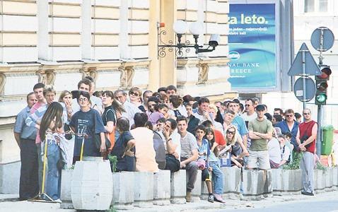 Red za vizu ispred austrijske ambasade