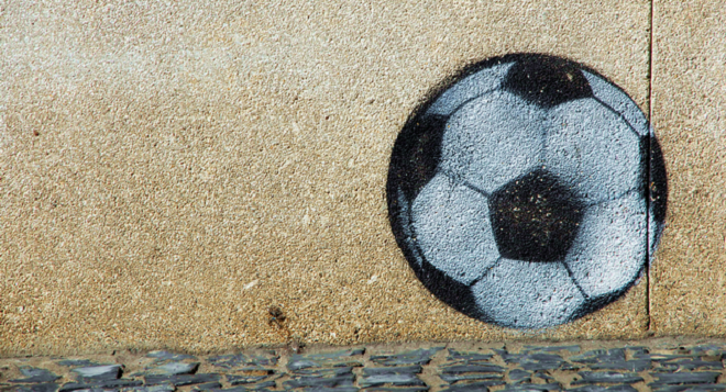 Street-art-soccer-Wegmann